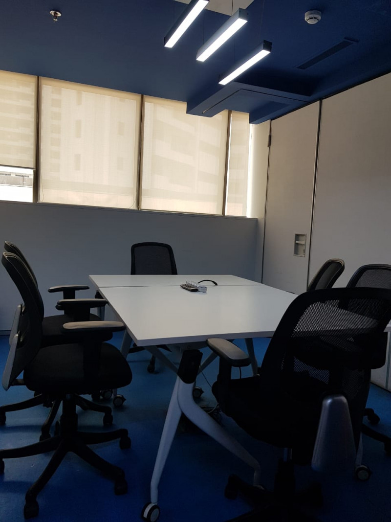 Conference Room in Golf Cousre Road