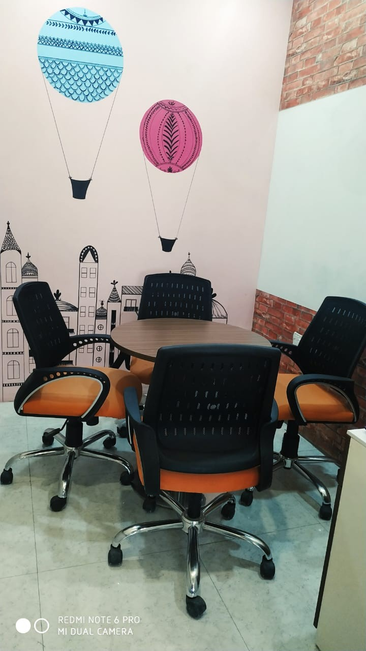 Meeting Room in Noida Sector 63