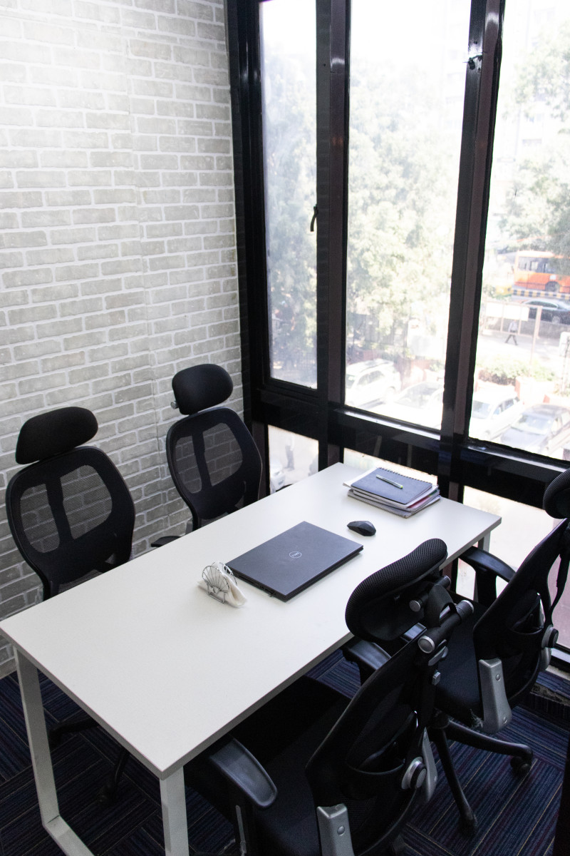 MyDesk Connaught Place